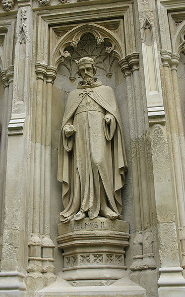 http://commons.wikimedia.org/wiki/File:William_II_Rufus_sculpture_on_Canterbury_Cathedral.jpg