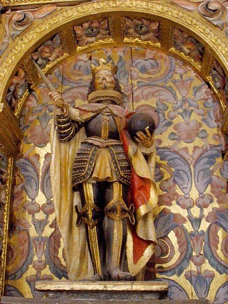 http://commons.wikimedia.org/wiki/File:Aguilar_de_Campoo_-_Colegiata_de_San_Miguel_Arcangel_43.jpg