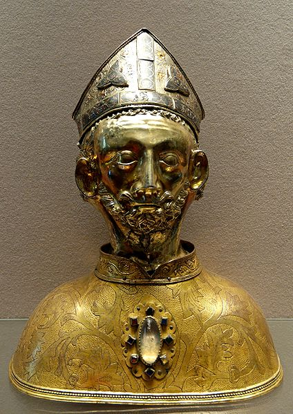 Head reliquary of St. Martin. From the church of Soudeilles (Corrèze, France), now housed in the Louvre Museum.