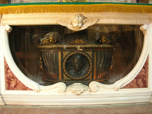 Urn with the relics of St. Joseph Pignatelli, in the Church of Gesù, at Rome.