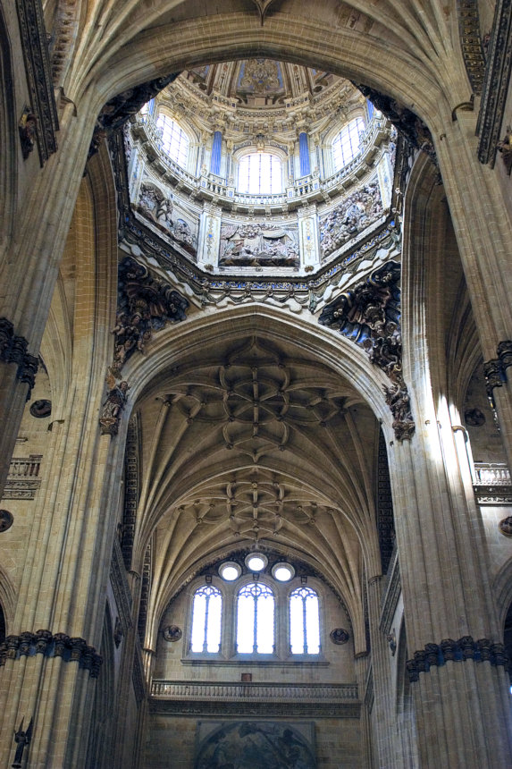 Interior of the Cathedral in Salamanca, which contains the late Gothic style generally called Plateresque.