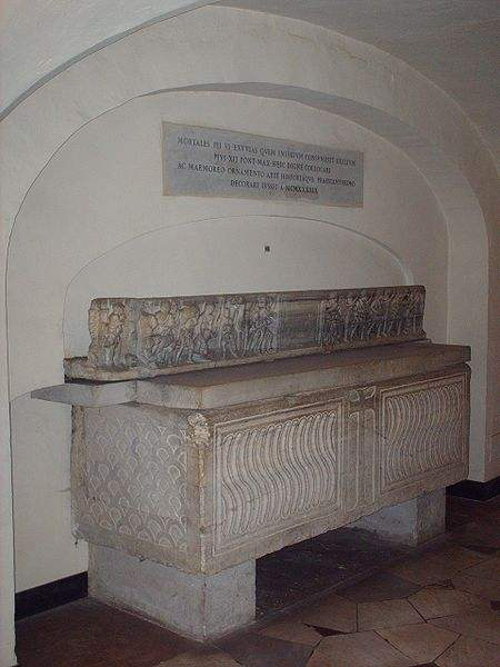 Tomb of Pius VI at St. Peter's Basilica.