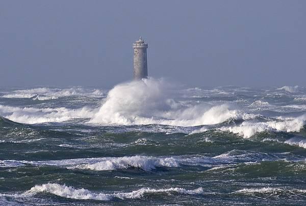 Photo of the Baleineaux Lighthouse in Île de Ré, France taken by per.per.