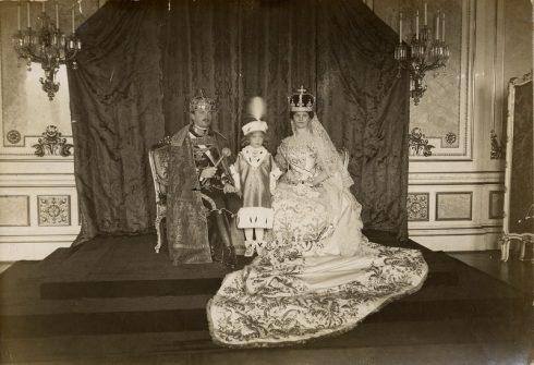King Karl IV of Hungary coronation on December 1916.