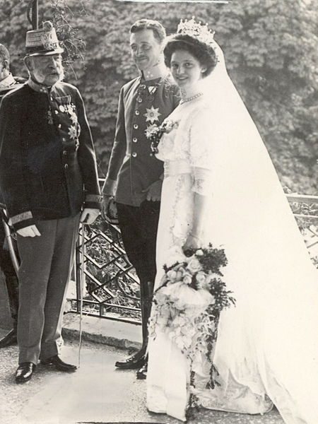 Wedding of Archduke Charles of Austria and Princess Zita of Bourbon-Parma in Schwarzau Palace.