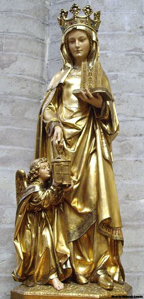 Statue of St. Gudula in the St. Michael and St. Gudula Cathedral in Brussels (Belgium)
