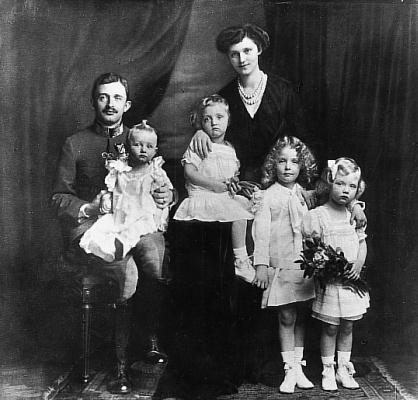 Kaiser Karl I von Österreich, Kaiserin Zita & family