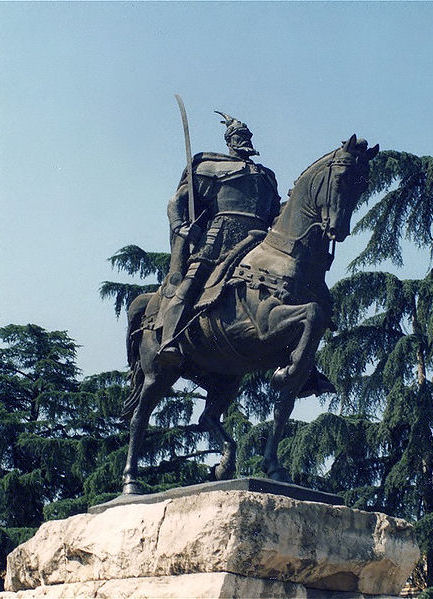 Skanderbeg in Tirana, Albania. Photo by Brosen.