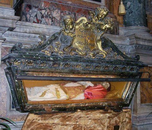 The tomb of Pope Pius V in Santa Maria Maggiore.