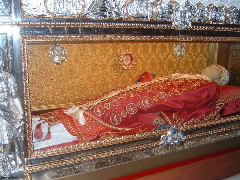 "The tomb of Pope St. Gregory VII in the Cathedral of Salerno, Italy. Under the tomb the last words of the pope are imprinted: ""Dilexi iustitiam, odivi iniquitatem, propterea morior in esilio !"" (""I have loved justice and hated iniquity; therefore, I die in exile."")"