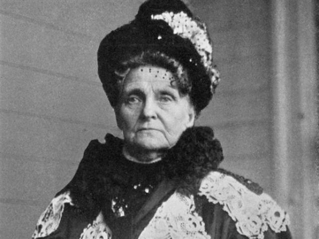 "Hetty Green, was the richest woman in the world during the early 20th Century, but choose not spend her money or give it to charitable organizations. She chose instead to live a little better than the poor, hence she was dumbed the ""Witch of Wall Street""."