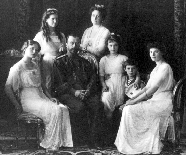 Tsar Nicholas II of Russia with the family (left to right): Olga, Maria, Tsarina Alexandra Fyodorovna, Anastasia, Alexei, and Tatiana. Photo taken in 1913.