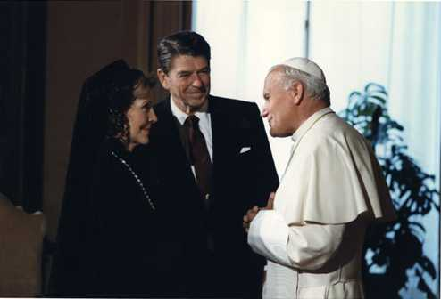 President and Mrs. Reagan meet Pope John Paul II 1982