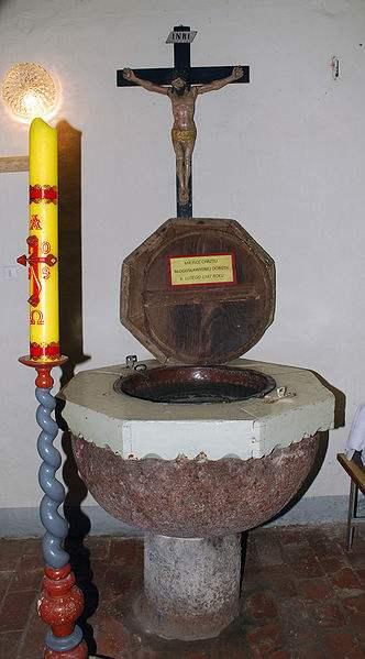 The Baptismal font of St. Doroethea. Photo by Polimerek