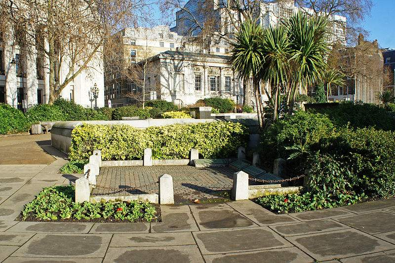 The site of scaffold at Tower Hill, Trinity Square Gardens, London where St. Thomas More and St. John Fisher were executed. Photo by Mariordo.