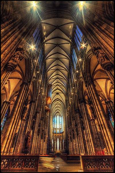 Photo of the interior of Cologne Cathedral by Pedro Szekely.