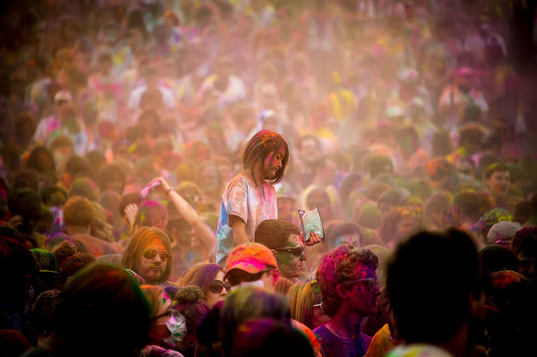 Jarviewalk and the Festival of Colors 2012. Photo by MarkEsguerra.