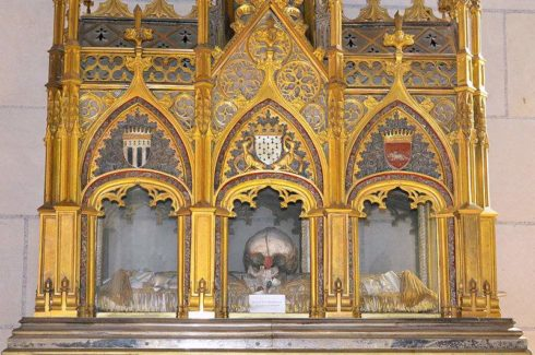 Reliquary of Bl. Françoise d'Amboise at the Cathedrale Saint-Pierre-et-Saint-Paul in Nantes, Photo by Selbymay.