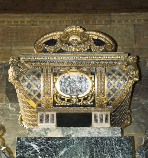 close up of tomb