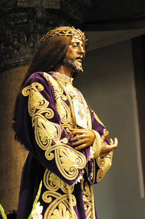 Cristo de Medina Coli: This statue is located high above the main altar in Madrid, Spain. He has real hair. This statue was in the possession of the Moors, since they stole Him. The Catholics wanted Him back, so the Moors put the statue on a scale & said the Catholics could buy Him back in the statue's weight in gold. The friars put 30 pieces of gold on the scale & the scale balanced out. The Moors were furious (they wanted alot of gold, since the statue is very heavy), so they started fighting, but the Catholics won the battle & recovered the statue.
