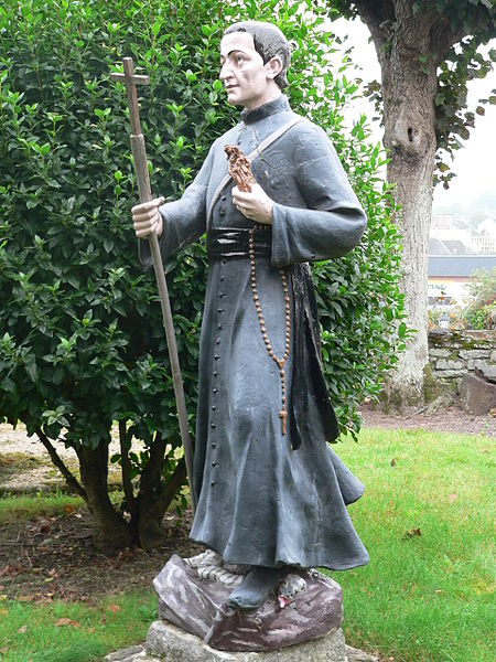 Statue of Saint Louis-Marie Grignion in Montfort-sur-Meu, France. Taken by Floranne2006.