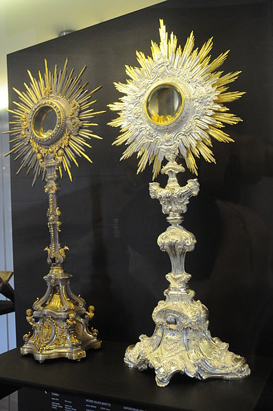 One of the many monstrances, vestments, chalices, etc, now on display at the museum at Raio Palace, Braga, Portugal. Photo by Joseolgon.